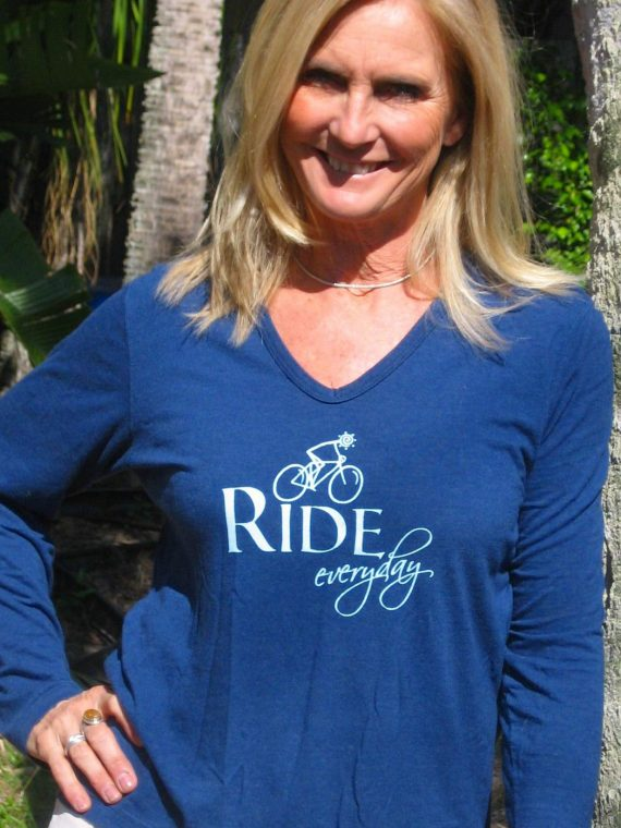 Ride (Bike) Everyday - Long sleeved v-neck