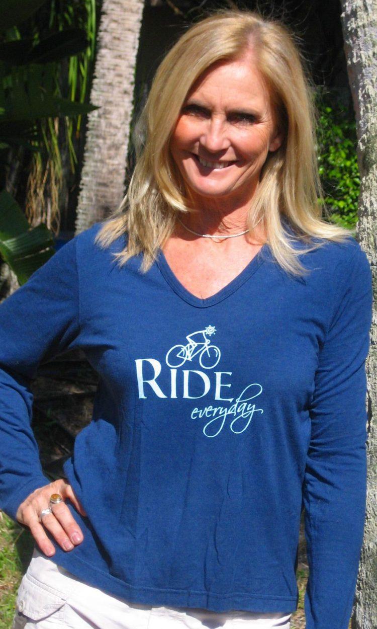 Ride (Bike) Everyday - Long sleeved v-neck